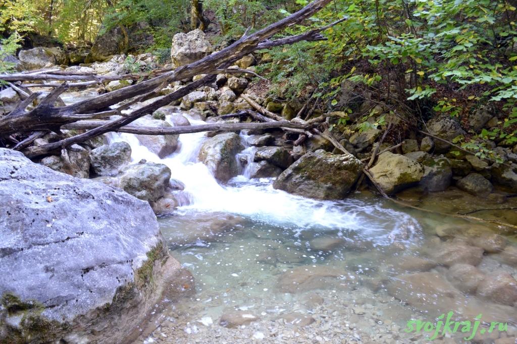 Большой каньон. Речка