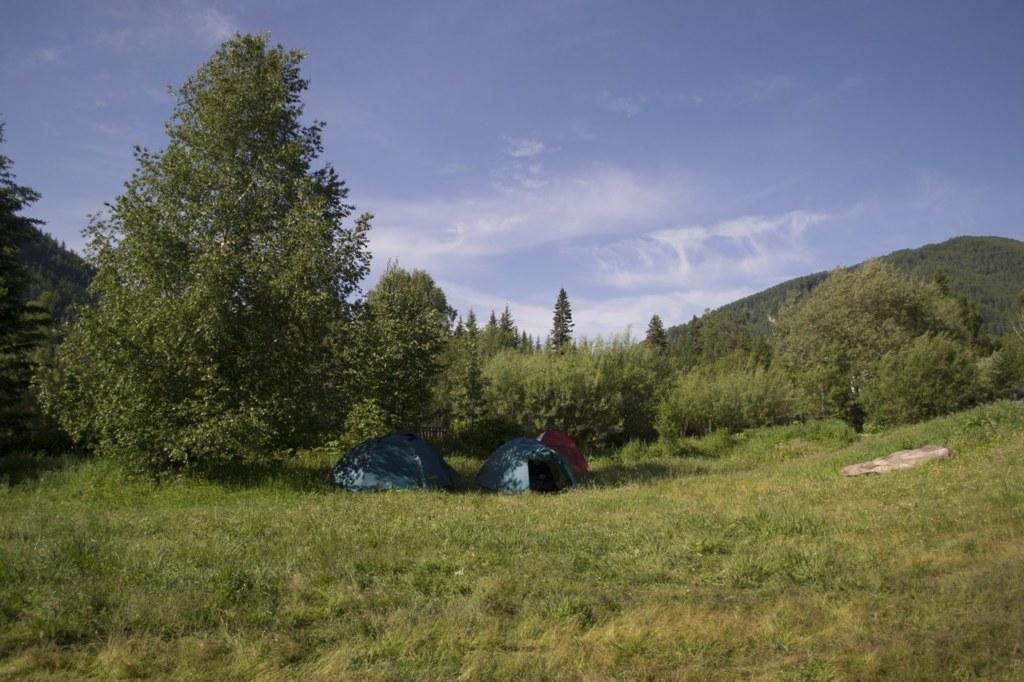 База Вечный странник. Наши палатки